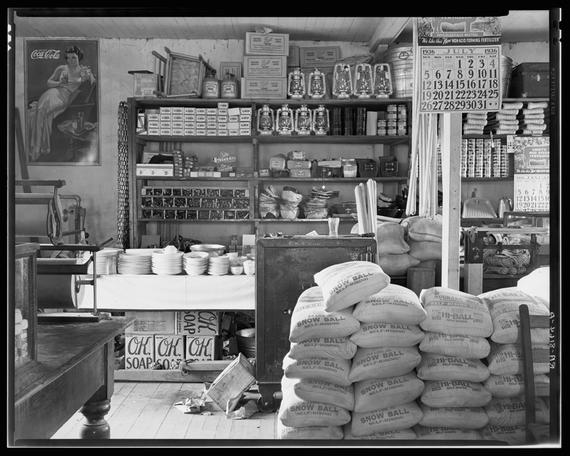 Photo by Walker Evans, courtesy of Library of Congress