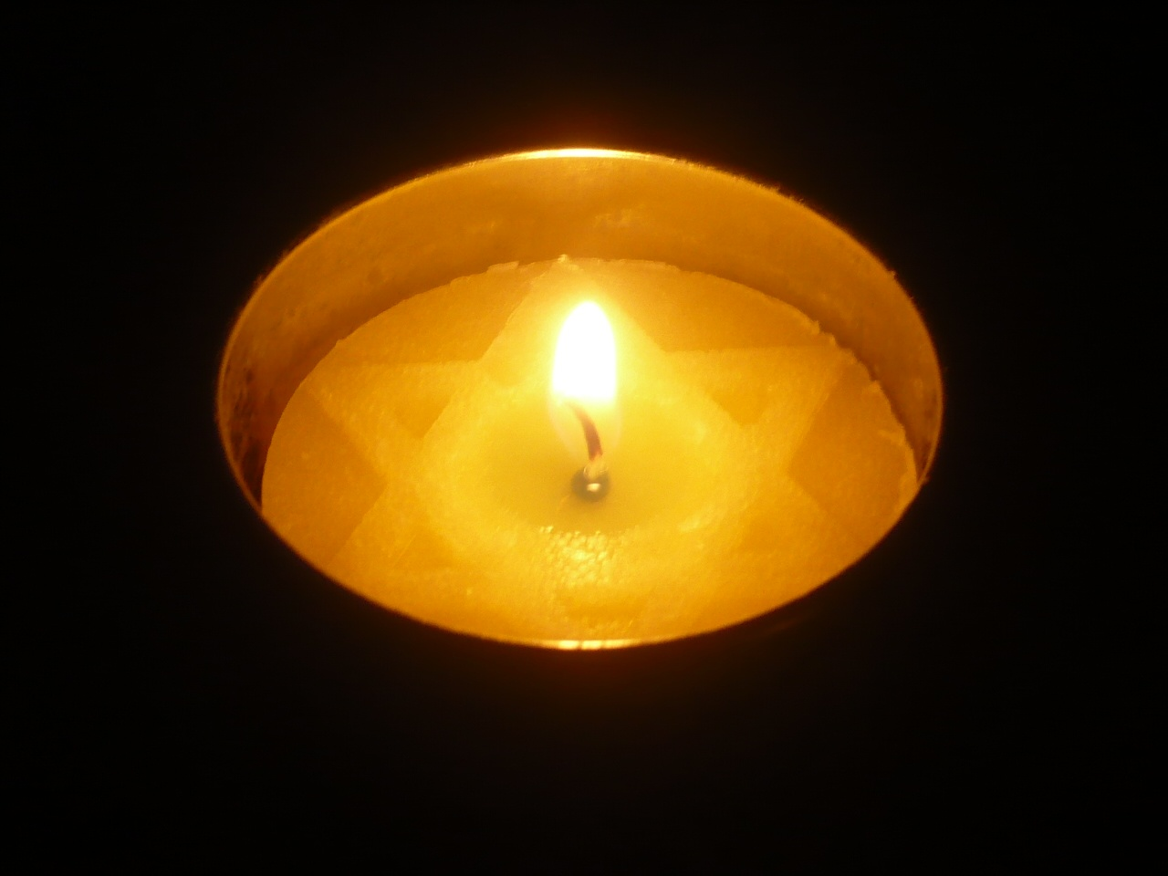 Yom HaShoah Facing History and Ourselves