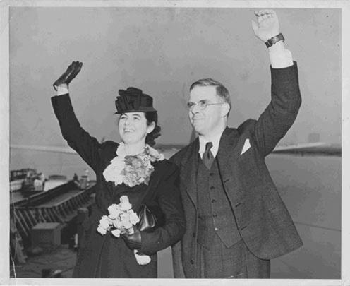 Defying the Nazis Martha and Waitstill Sharp