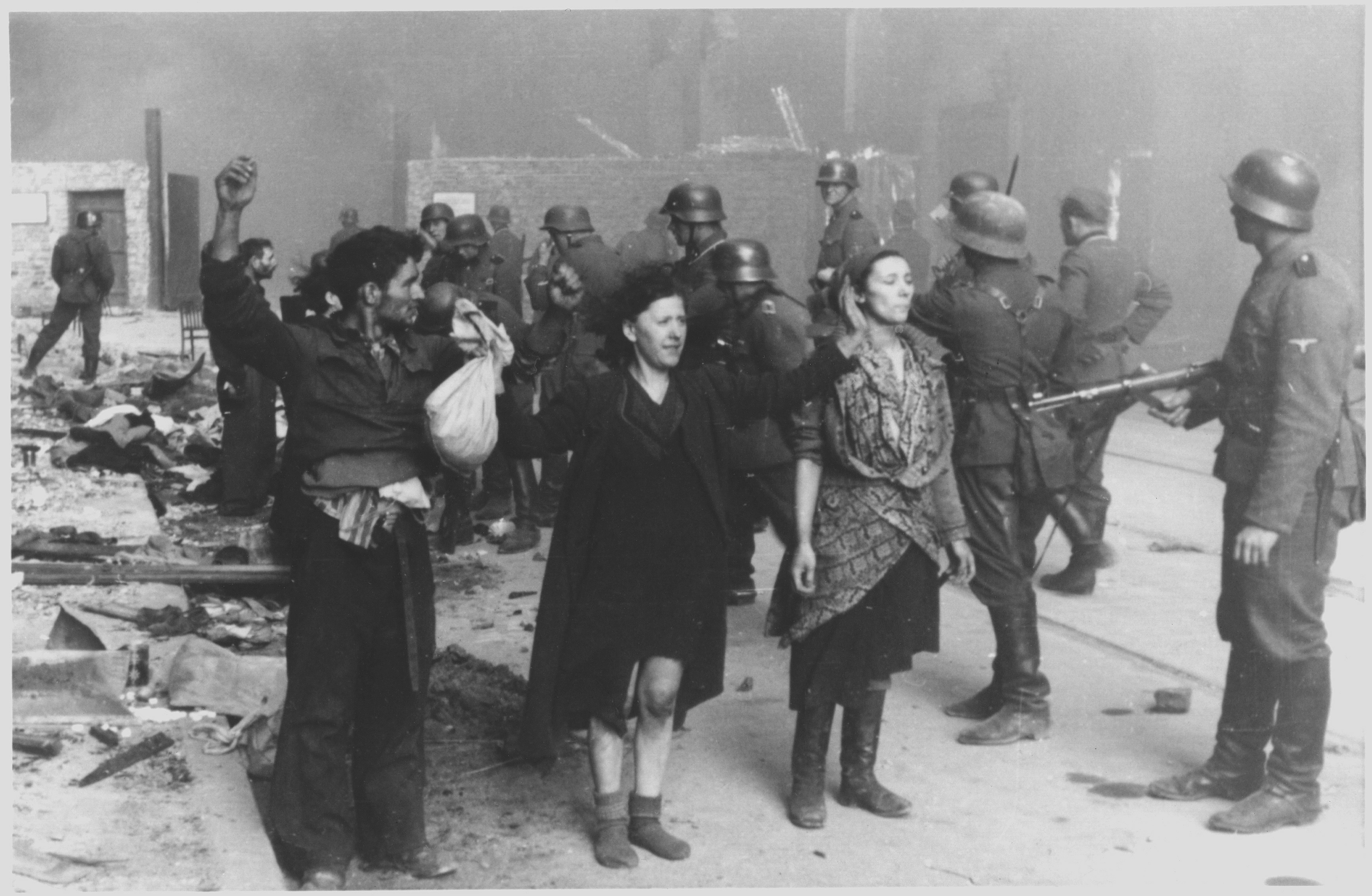 Stroop_Report_-_Warsaw_Ghetto_Uprising_08.jpg