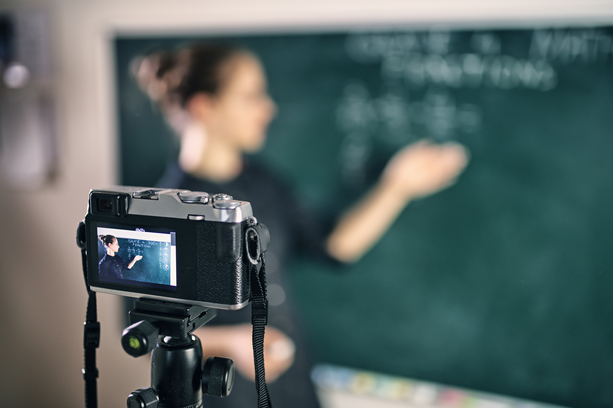 Image of teacher streaming her lesson from the classroom